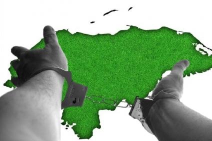 Hay 38 procesos judiciales activos en 2021  contra defensores ambientales y territoriales en Honduras